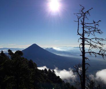 Antigua, Semuc Champey und der Vulkan Acatenango